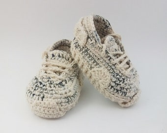 READY TO SHIP Crochet baby shoes Baby sneakers Baby booties New baby, Baby booties crochet, Infant shoes, Unique baby gift 0-3 months