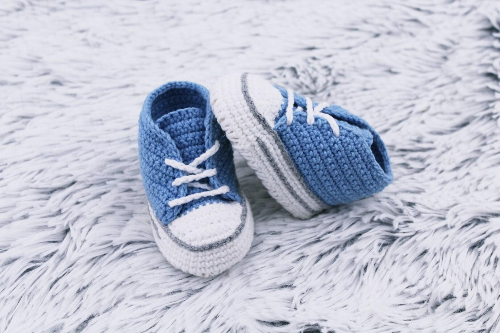 110700aad4c8 Crochet baby shoes Blue Baby booties New baby boy Newborn