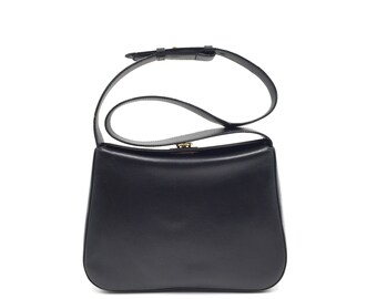 Authentic Vintage Salvatore Ferragamo Shoulder Bag aed5ff9c394d7