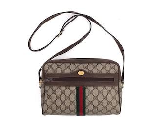 c5a674124f90ea Authentic Gucci Vintage Supreme canvas GG pattern shoulder bag