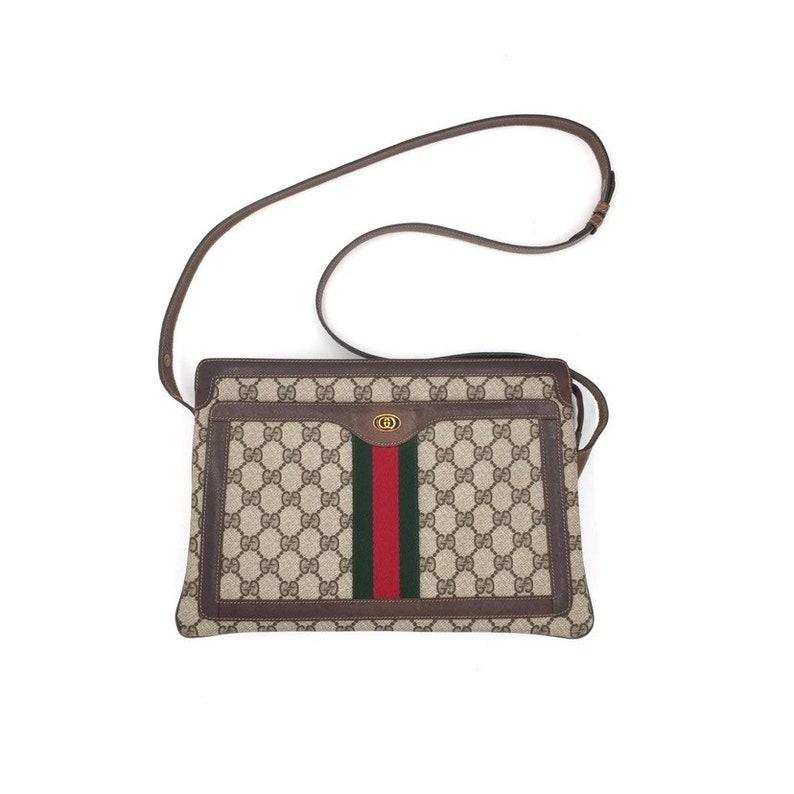 4b7fb864fd9 Authentic vintage Gucci GG Supreme shoulder bag