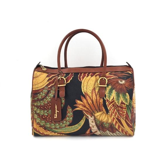 ddfd8191cc93 Authentic Vintage Salvatore Ferragamo Shoulder Bag