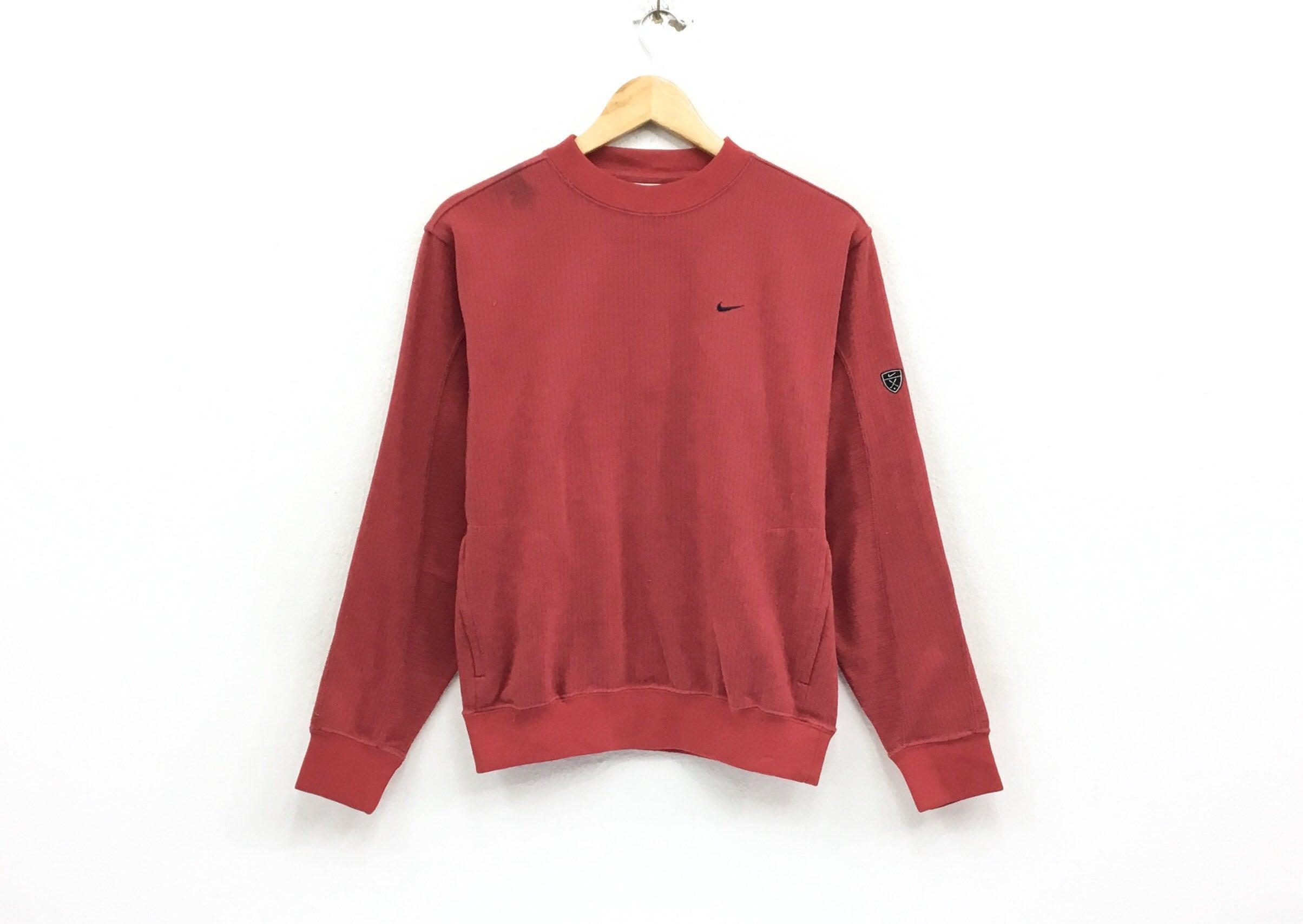 ff738eba74041 Nike Golf Crewneck Sweatshirt Jumper Embroidery Small Logo Pullover /  Sports Brand / Streetwear / Small Size / Fashion Style / Red
