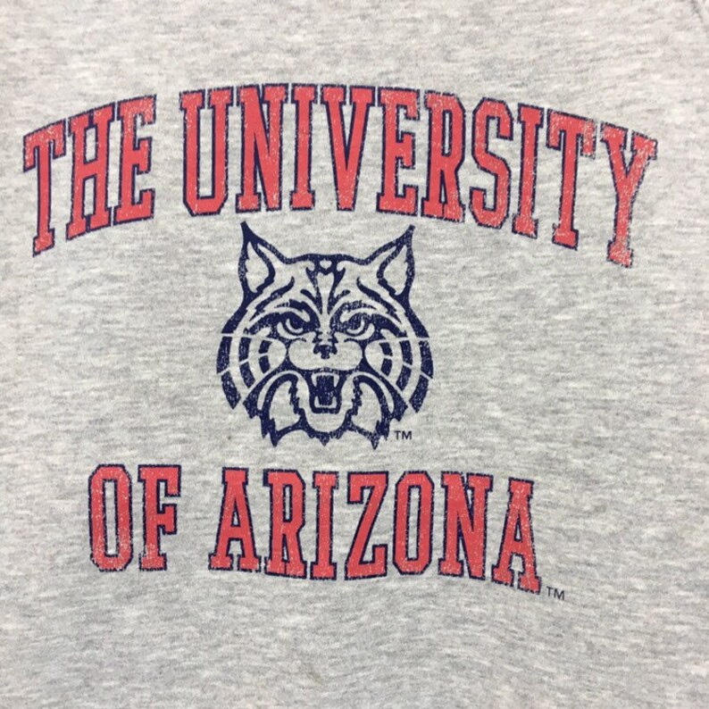 UNIVERSITY Of ARIZONA Crewneck Sweatshirt Big Logo Tiger Spell Out Pullover  Fashion Style  University Wear  Streetwear