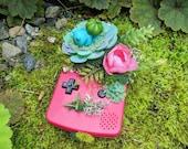 Sleepy Succulent Babies - Blossom Bulbasaur (フシギダネ Fushigidane) Berry Pink Gameboy Color Pokemon Terrarium