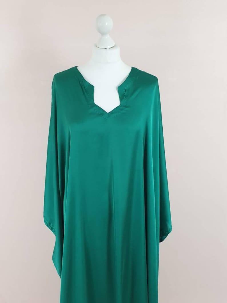 Emerald green Silk kaftan, Long Sleeves Dress, Plus Size Clothing, Maxi Dress, Long Dress, Caftan Dress, Kaftan Dress, printed kaftan,