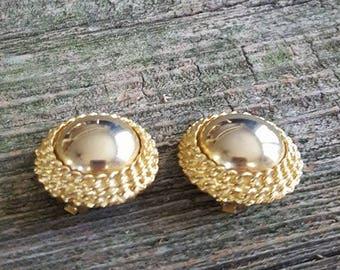 Vintage Kramer Clip On Earrings