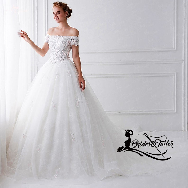 69ef1fd46e1 Custom Made Wedding Gown