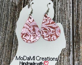 2in, teardrop, pink metallic, coral, embossed, Leather earrings, handmade, nickle free, drop earrings, dangle earrings, lightweight