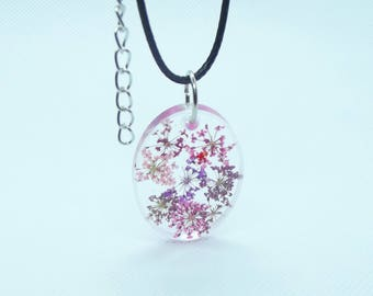 Flower resin necklace on wax leather