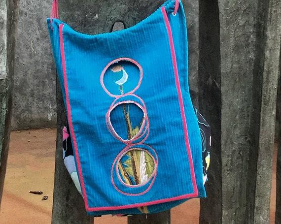 blue velvet embroidered shoulder bag for any single piece