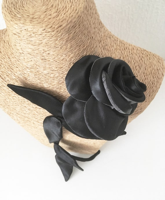 Black flower brooch inspired by pink textile jewelry for women