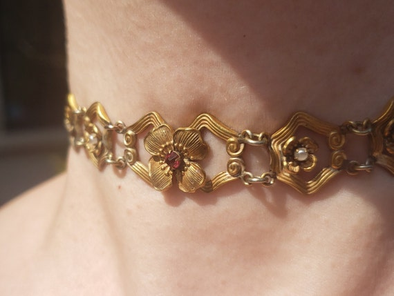 Art Nouveau Chocker Necklace