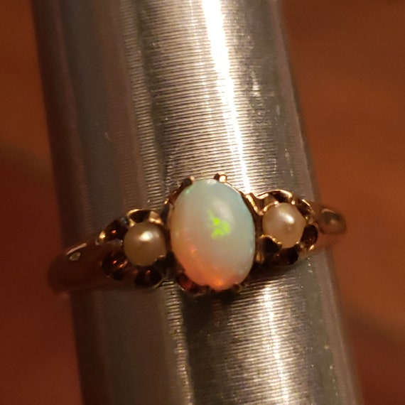 Antique Opal and Pearl Gold Ring / 14K Opal and Pe