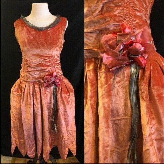 1920's Velvet Robe de Style Pannier Flapper Dress