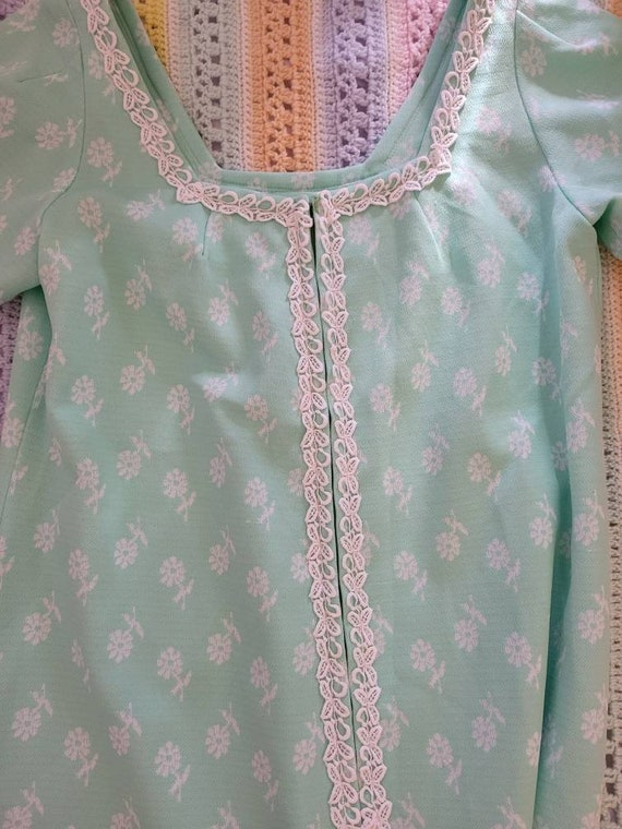 Vintage 1970s daisy pastel maxi dress - image 3