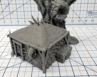"""The Forest of Oakenspire - Lonely Hut - Hero's Hoard - DND - Pathfinder - Dungeons & Dragons - RPG - Tabletop - EC3D - 28 mm - 1"""""""