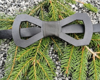 Leather bow tie 'frame - black'