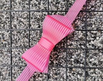 Plastic Bow Tie Pink