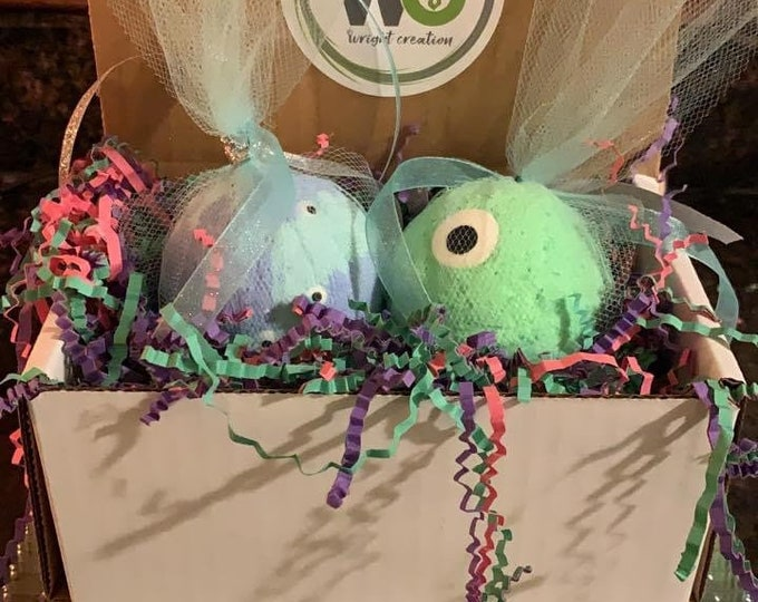 Featured listing image: Monster Inc Bath bomb Set