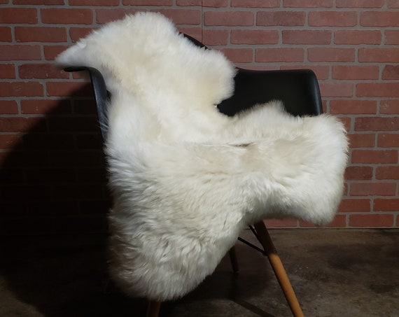 Softest Natural white genuine sheepskin fur throw rug