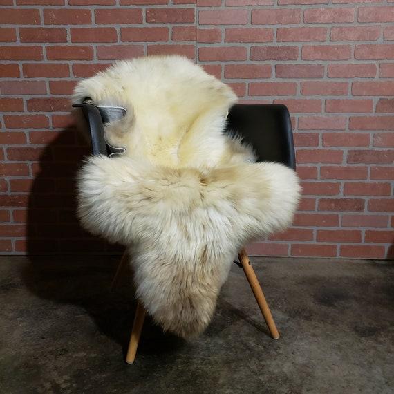 "51"" x 28"" Natural Soft Genuine Sheepskin fur throw rug - Hide Pelt Wool Lambskin Shearling Large"