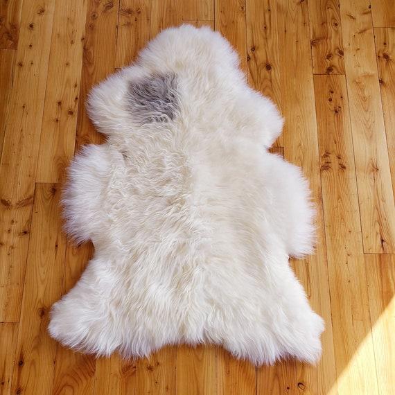 Silky Natural Soft Genuine Sheepskin fur throw rug - Hide Pelt Wool Lambskin Shearling Large