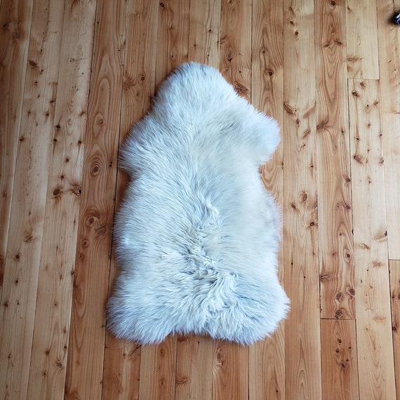 "44"" X 26"" thick soft Genuine sheepskin fur throw rug"