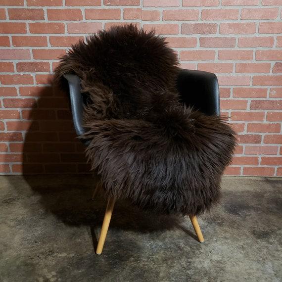 47 x 28 soft Brown Natural  Genuine sheepskin Fur throw rug