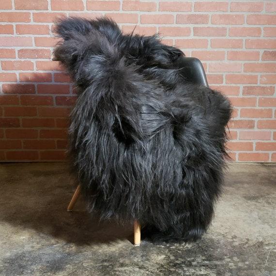 "Rare 62"" X 39"" GIANT Black Vikings Icelandic Natural Large genuine sheepskin pelt rug"