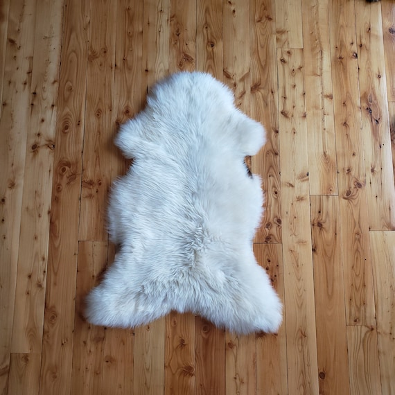 "50"" x 28"" Large Natural Soft Genuine Sheepskin fur throw rug"