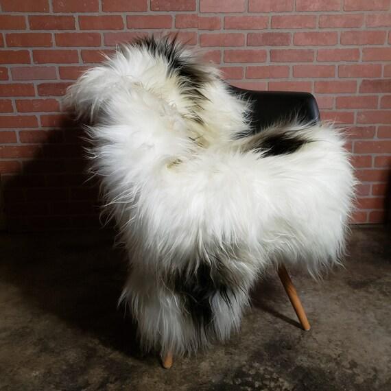 Natural Spotted Icelandic large genuine sheepskin shag fur throw rug lambskin pelts