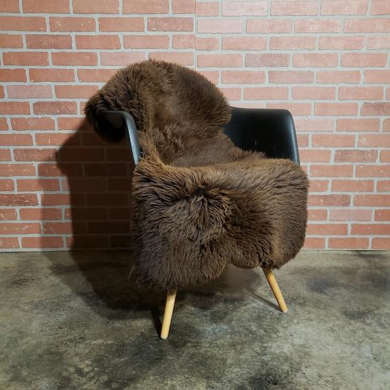 "50""  Large Brown thick genuine sheepskin Fur throw rug"