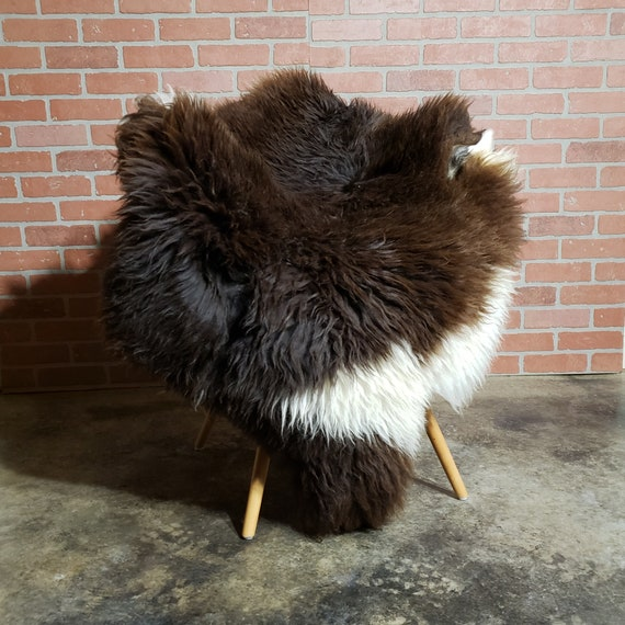 Brown Extra large, very thick Genuine Sheepskin fur throw pelt rug