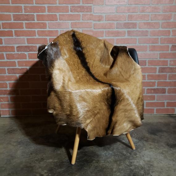 "50"" x 33"" Genuine goatskin decorative fur throw rug pelt"