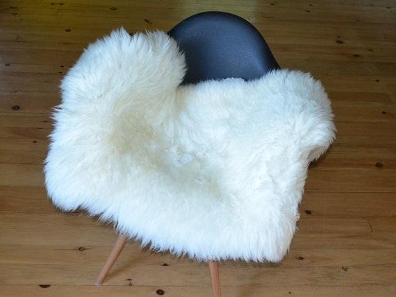 Natural large genuine sheepskin fur throw rug sale - lambskin pelts