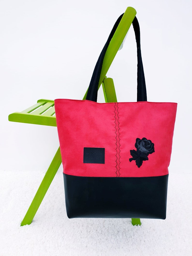 2128aa2f235a4 Torebka z czarną różą Ambrozja | Etsy