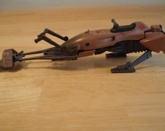 Star Wars - Endor Speeder Bike (1995) - like the kind used by Luke & Leia in Return of the Jedi - great condition!