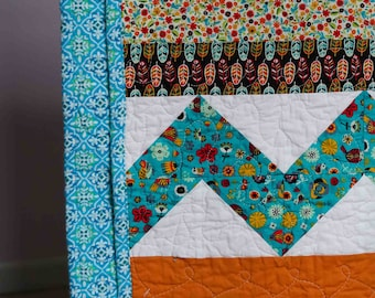 Zig Zags Free Motion Loops and Flowers Quilt