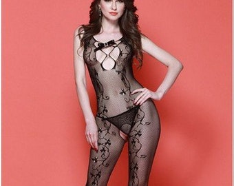 014642271e Swirl Lace Fishnet Bodystocking