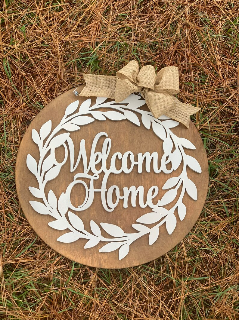 20 Circle Layered Welcome Home Wreath Door Hanger  image 0