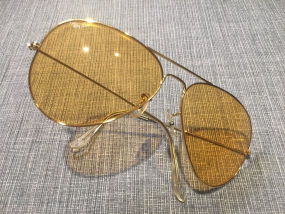 Genuine and authentic Ray Ban sunglasses from the