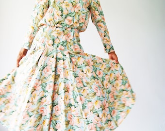1970's Floral Dress With Dropped Waist
