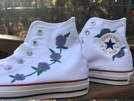 Rose painted converse | Etsy