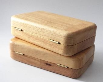 Cette pochette en bois est si beau agréable pour n'importe quelle occasion