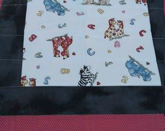 Zoo-riffic ABC child's quilt