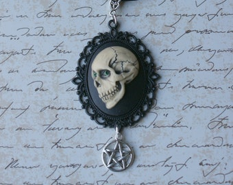 Skull Cameo Necklace, Gothic Skull Pendant, Skull Jewellery, Macabre Jewellery, Halloween Necklace, Pentacle Necklace