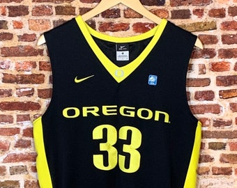 Vintage Oregon Ducks Basketball Men's Small Stitched Swingman #33 Jersey RARE made by Nike