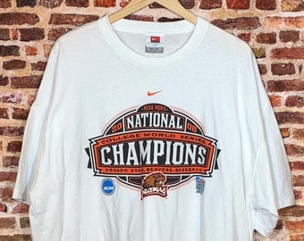 Vintage Oregon State Beavers 2006 College World Series Champions Men's 2XL Tee Shirt made by Nike