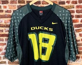 Vintage Oregon Ducks Football Men's Large #18 Jersey made by Nike RARE